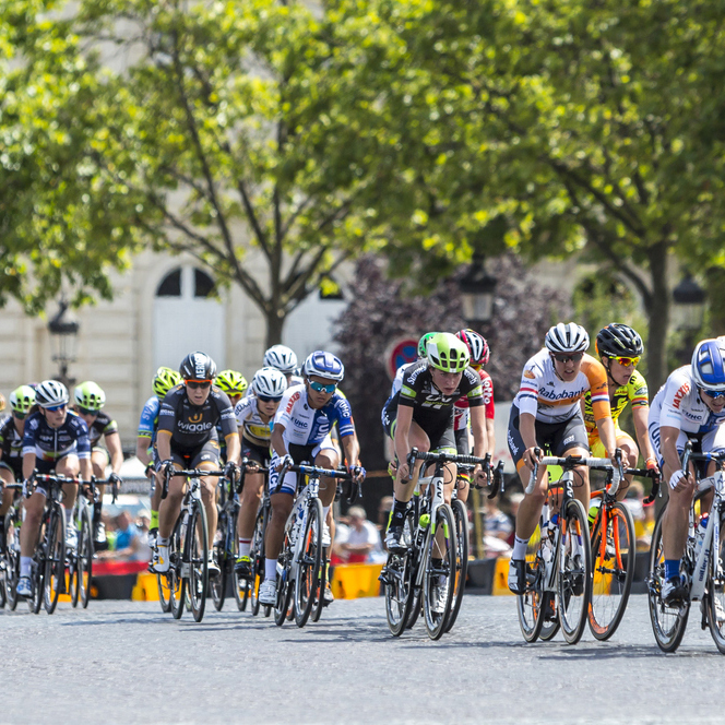 TOUR De Paris